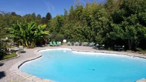 Accommodation in Neuville-sur-Ain