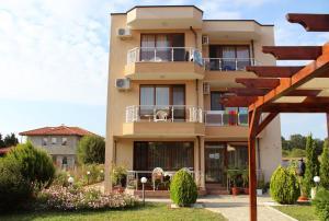 Guest House Moiata Kashta, Penzióny  Černomorec - big - 17