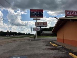 Express Inn - Cleveland