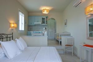 Ammos Naxos Exclusive Apartments & Studios, Aparthotels  Naxos Chora - big - 76