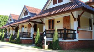 Boon Bunleng Resort - Sawankhalok