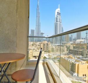Luton Vacation Homes - Burj Views Apartment in Downtown -