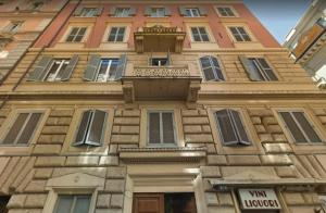 Opera Singer S&G Apartment in the Heart of Rome!