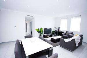Broadway Serviced Apartments