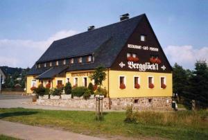 """Restaurant&Pension """"Bergglöck`l"""" Altenberg - Lauenstein"""