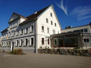 Land-gut-Hotel Landgasthof zur Rose - Kirchen