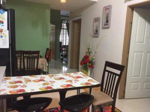 Selesa homestay, Privatzimmer  Kuantan - big - 25