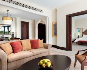 Shangri-La Hotel Qaryat Al Beri (5 of 46)