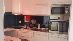apartman stadion, Appartamenti  Tuzla - big - 13