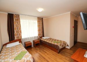 Гостиница Физкультурно-спортивная база ФПБ, Ждановичи