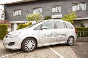 Hotel Pizzeria VENEZIA - Büchenbeuren