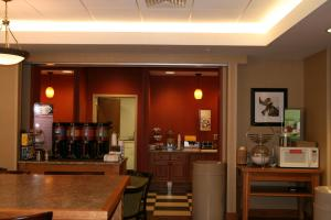 Hampton Inn Waterville, Hotels  Waterville - big - 19