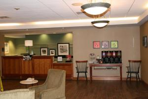 Hampton Inn Waterville, Hotels  Waterville - big - 16