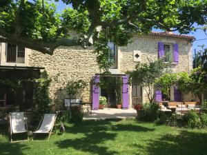 Accommodation in Rognonas