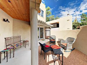 106 Monte Vista Place Condo Unit B - Apartment - Santa Fe