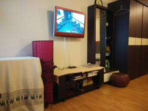Renovate Room Near Impact, Apartmanok  Banbangphang - big - 34