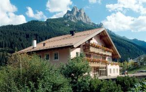 Hotel Villa Mozart, Hotels  Pozza di Fassa - big - 26