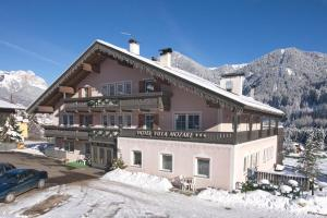 Hotel Villa Mozart, Hotels  Pozza di Fassa - big - 28