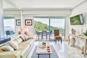 VISTA - Cannes -Appartement 4 pers avec vue mer féerique a Cannes