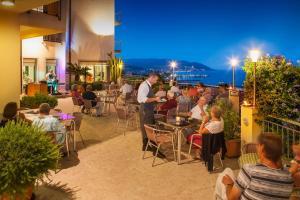 Hotel Metropol, Отели  Диано-Марина - big - 43