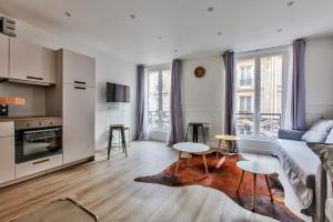17 Luxury Parisien Flat Montorgueil 2