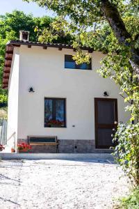 La casetta al lago - AbcAlberghi.com