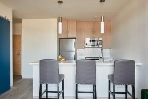 Classic Lower Allston Suites by Sonder, Apartmány  Boston - big - 52