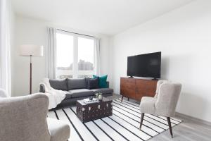Classic Lower Allston Suites by Sonder, Apartmány  Boston - big - 1
