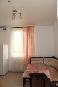 Vinograd Guest House, Penziony  Kabardinka - big - 79