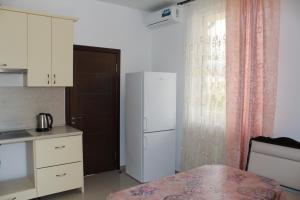 Vinograd Guest House, Penziony  Kabardinka - big - 78