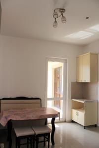 Vinograd Guest House, Penziony  Kabardinka - big - 77