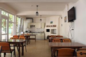 Vinograd Guest House, Penziony  Kabardinka - big - 95