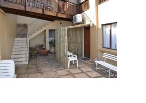 Casa Del A Mare', Apartments  Salt Rock - big - 57
