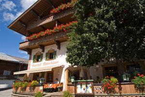 Gasthof Weberbauer - Hotel - Scheffau am Wilden Kaiser