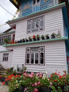 Gyaltsen resort