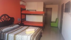 Backpacker Bar&Suites, Hostels  Santa Cruz de la Sierra - big - 31
