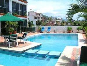 Hotel Suites La Siesta, Отели  Пуэрто-Вальярта - big - 1