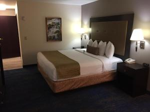 Best Western Plus Portland Airport Hotel & Suites, Hotels  Parkrose - big - 80