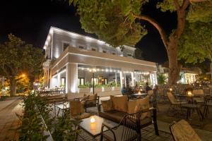 Panellinion Luxury Rooms, Каламата