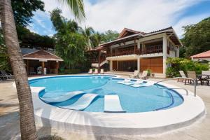 Casa Cook Luxury Beach Front Cabinas