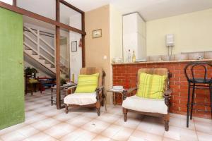 Apartments by the sea Marusici (Omis) - 1024, Pensionen  Mimice - big - 5