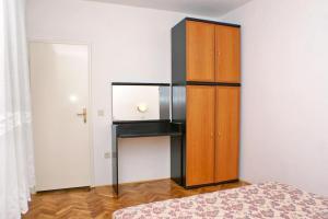 Apartment Potocnica 3075o, Apartmány  Novalja - big - 33