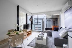 Your Recharging station, 1 bed APT@South yara - Richmond