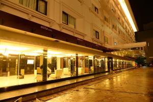 Emilia Hotel by Amazing