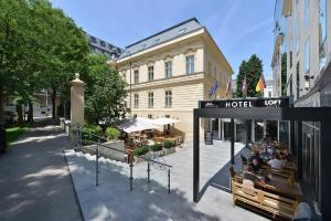 4 star hotel LOFT Premium & Wilson Palace Bratislava Slovacia