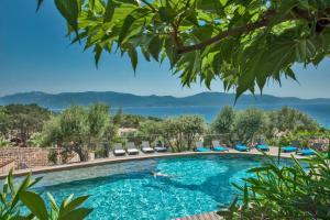 Location gîte, chambres d'hotes Résidence Cantu di Mare dans le département Corse du Sud 2a