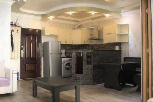 Apartments on Kobaladze Street 8A, Apartmanok  Batumi - big - 49