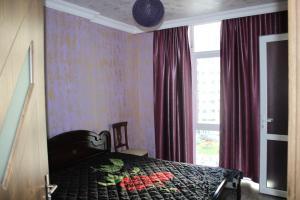 Apartments on Kobaladze Street 8A, Apartmanok  Batumi - big - 82