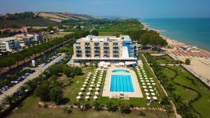 Roses Hotel - AbcAlberghi.com