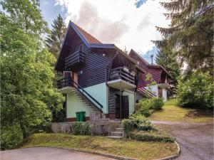 Two-Bedroom Holiday Home in Vrbovsko - Plemenitaš
